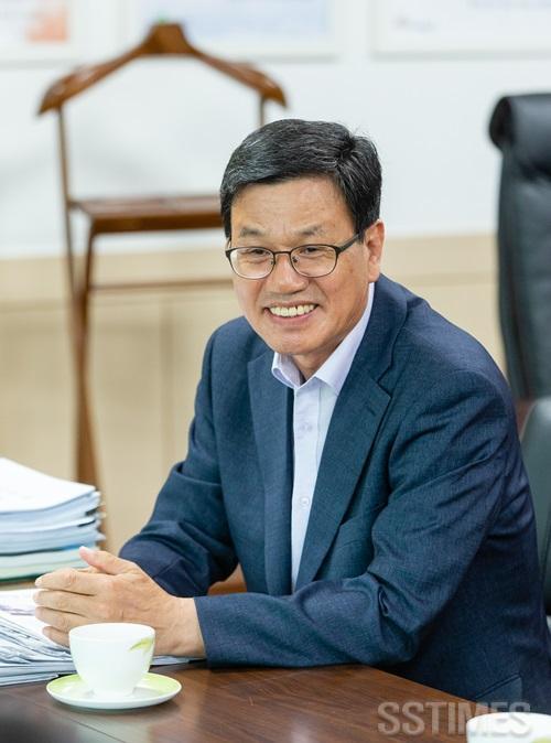 청양_김돈곤군수.JPG